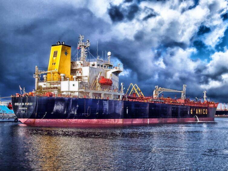 Pollution et tribunal maritime